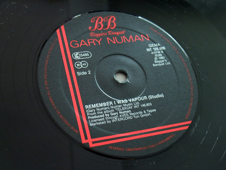 "Gary Numan - 'Remember I Was Vapour' (Live) West German 12"" label side B"