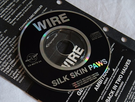Wire - Silk Skin Paws UK 'Filofax' pack CD single disc label