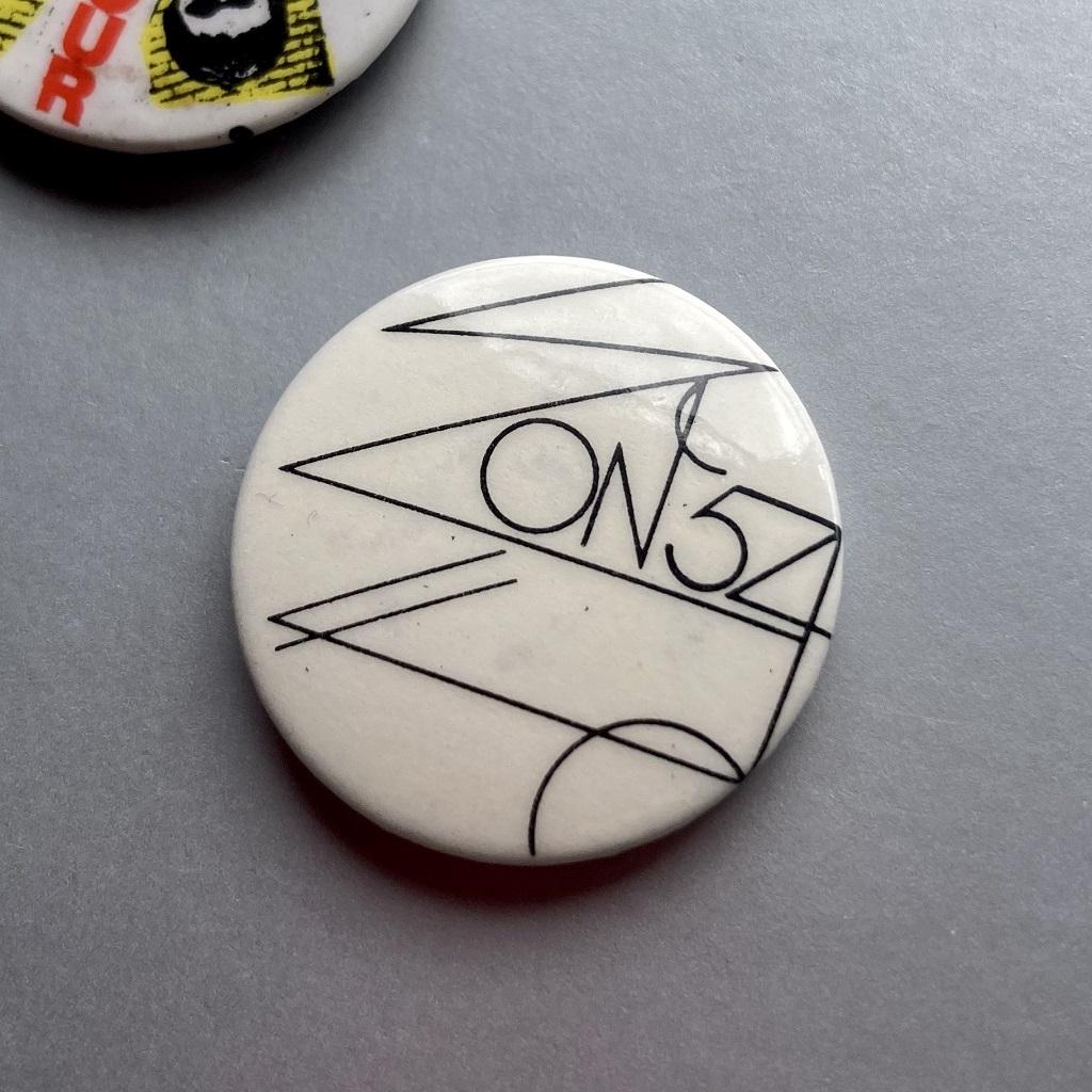 Wire '154' inner sleeve logo design badge
