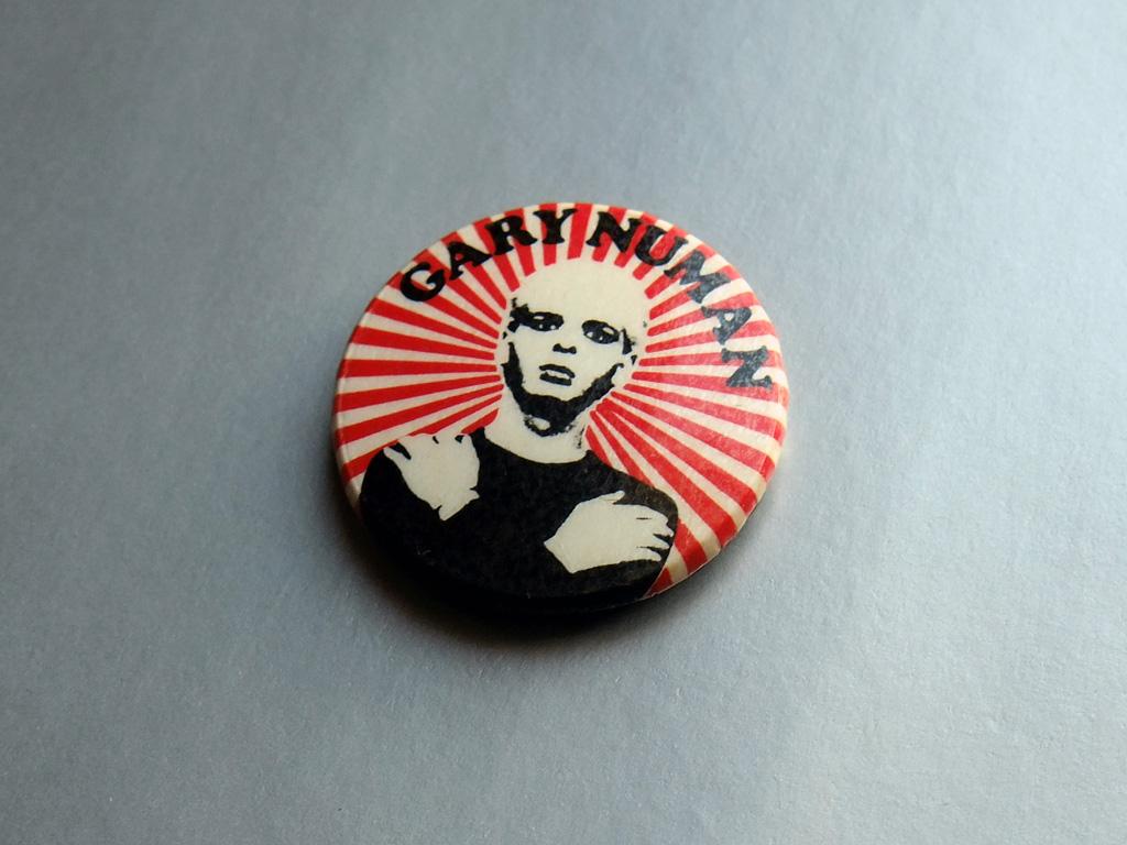 Gary Numan - red/white striped button badge